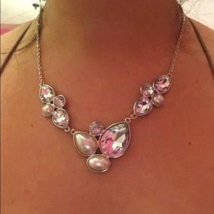 Crystal and Pearl Fashion Necklace